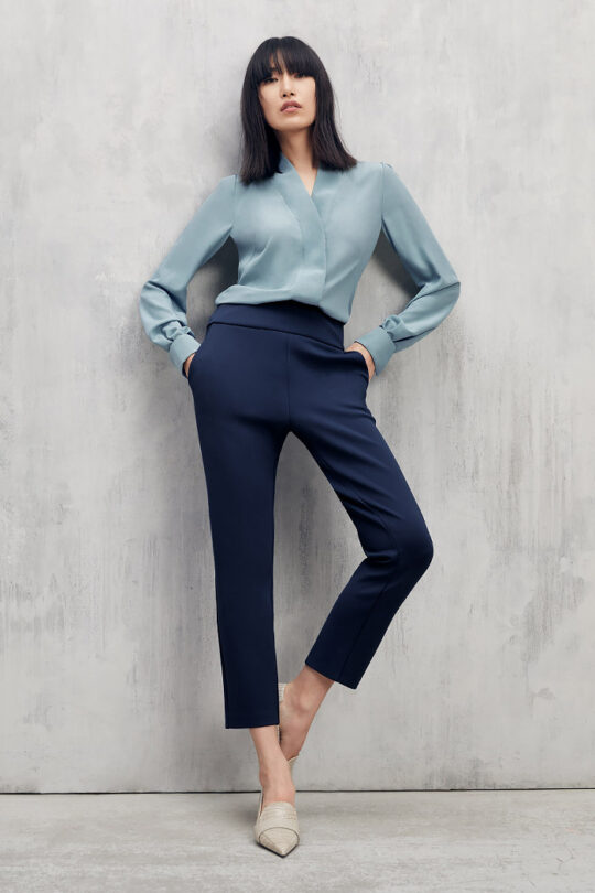 https://thefoldlondon.com/wp-content/uploads/2015/08/TheFold_Harrow_Blouse_Pale_Blue_Silk_DB134_2102_2_v2.jpg