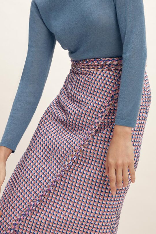https://thefoldlondon.com/wp-content/uploads/2015/08/TheFold_Kingswood_Skirt_Multicoloured_Tweed_DS049_2102_2_v2.jpg