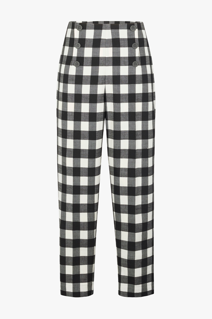 https://thefoldlondon.com/wp-content/uploads/2021/02/TheFold_Astwood_Trousers_Black_And_Ivory_Fine_Wool_Check_DT078_2103_1_v4.jpg
