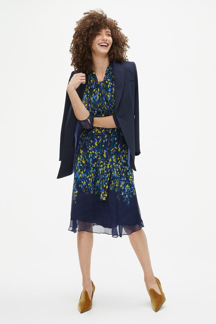 https://thefoldlondon.com/wp-content/uploads/2021/02/TheFold_Carlton_Dress_Multicoloured_Print_Crinkled_Silk_DD255_2103_3_v2.jpg