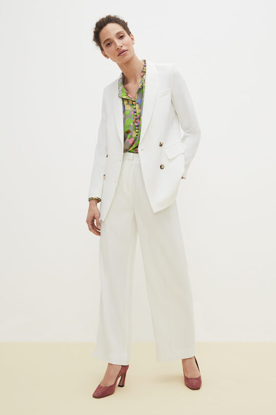 TheFold_Clever_Crepe_Almeida_Trousers_Ivory_DT014_2103_2_v2