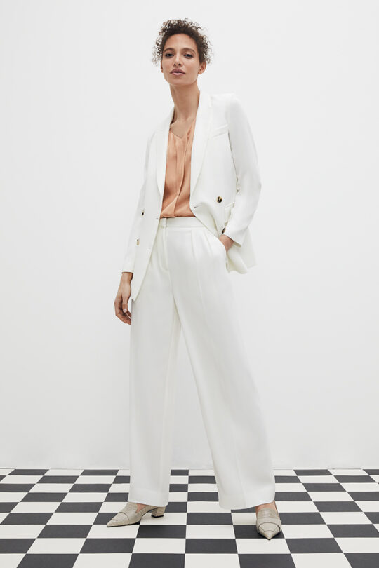 TheFold_Clever_Crepe_Almeida_Trousers_Ivory_DT014_2103_5_v2