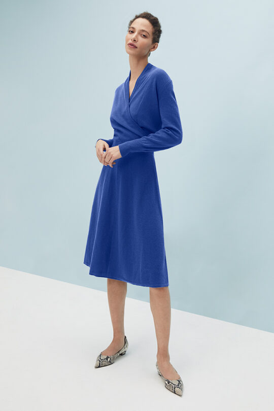 TheFold_Haseley_Knit_Dress_Blue_Wool_And_Cashmere_DD243_2103_2_v2