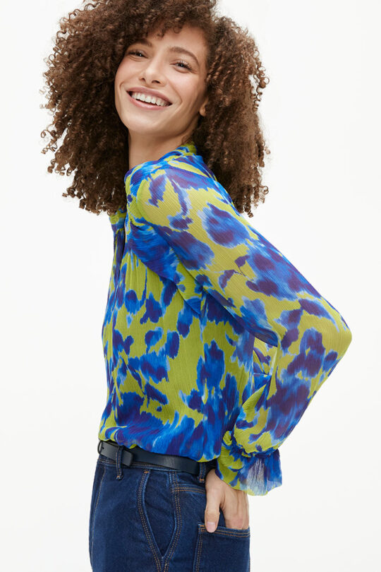 TheFold_Islington_Blouse_Chartreuse_And_Blue_Crinkled_Silk_DB144_2103_3_v2-1.jpg