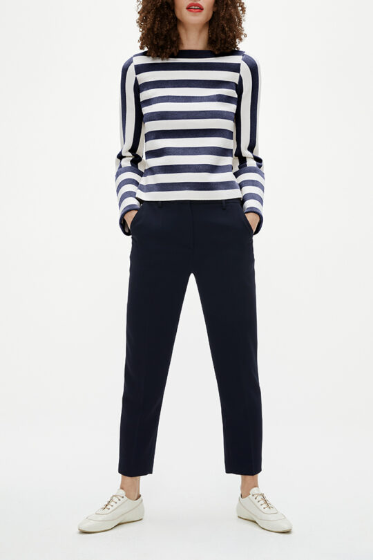 TheFold_Lisson_Sweater_Ivory_And_Navy_DK080_2103_2_v2