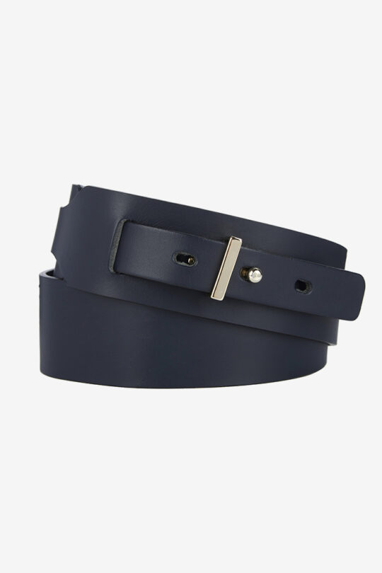 https://thefoldlondon.com/wp-content/uploads/2015/08/Britten_Belt_Navy_DA004_1_v4.jpg