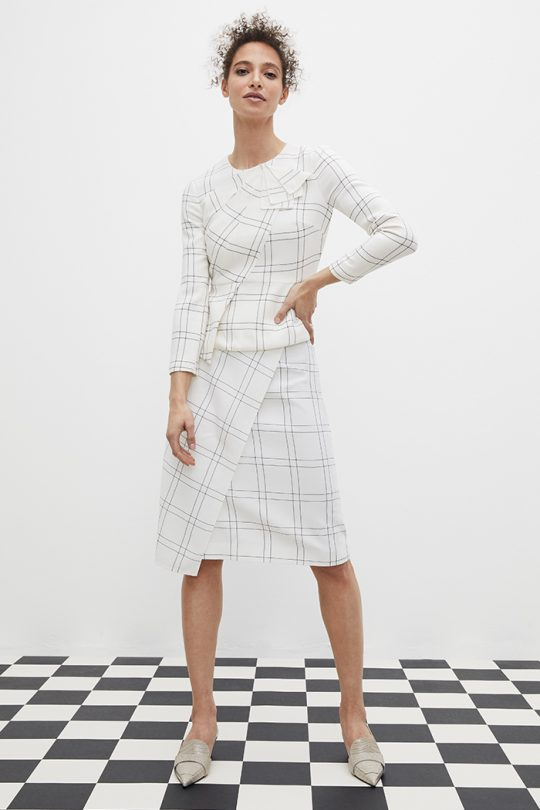 https://thefoldlondon.com/wp-content/uploads/2021/03/TheFold_Amesbury_Top_Ivory_And_Black_Check_Crepe_DB146_2104_1_v2.jpg