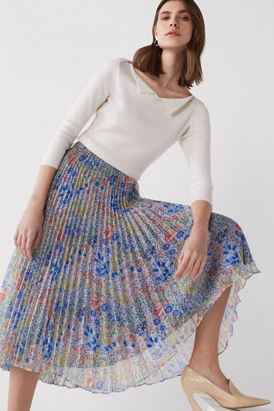 https://thefoldlondon.com/wp-content/uploads/2021/03/TheFold_Avebury_Skirt_Multi_Meadow_Print_Pleated_Chiffon_DS062_2104_1_v2.jpg