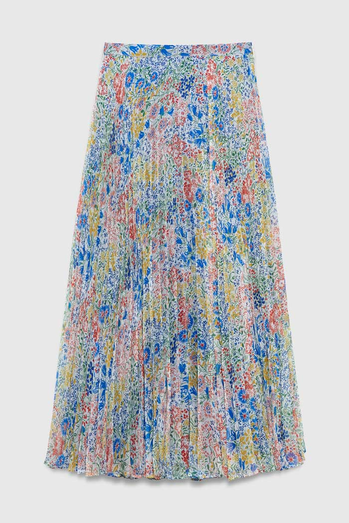 https://thefoldlondon.com/wp-content/uploads/2021/03/TheFold_Avebury_Skirt_Multi_Meadow_Print_Pleated_Chiffon_DS062_2104_1_v4.jpg