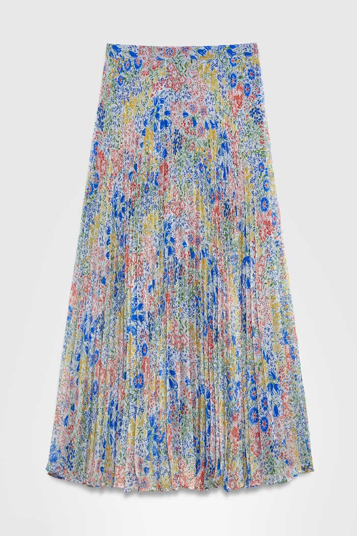 https://thefoldlondon.com/wp-content/uploads/2021/03/TheFold_Avebury_Skirt_Multi_Meadow_Print_Pleated_Chiffon_DS062_2104_2_v4.jpg