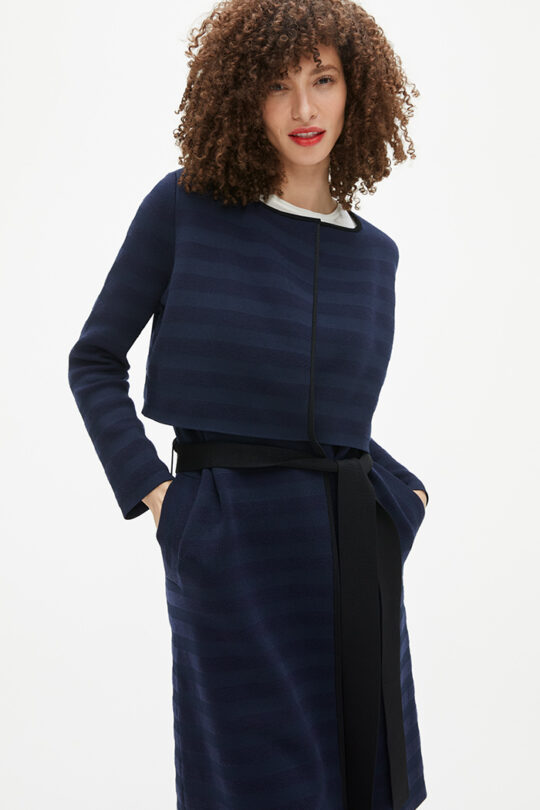 https://thefoldlondon.com/wp-content/uploads/2021/02/TheFold_Cherbury_Knitted_Coat_Navy_Stripe_DK059_2103_1_v2.jpg