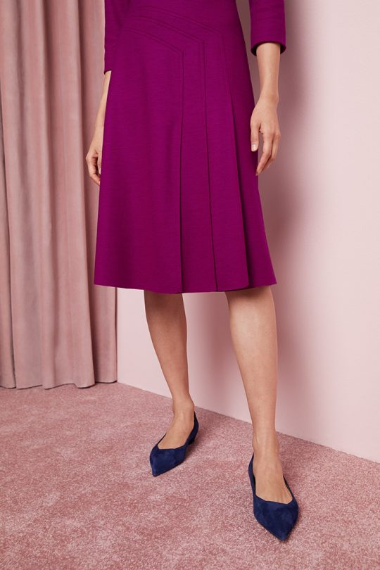 https://thefoldlondon.com/wp-content/uploads/2015/08/TheFold_Easton_Dress_Magenta_Luxury_Wool_Jersey_DD245_2_v5.jpg