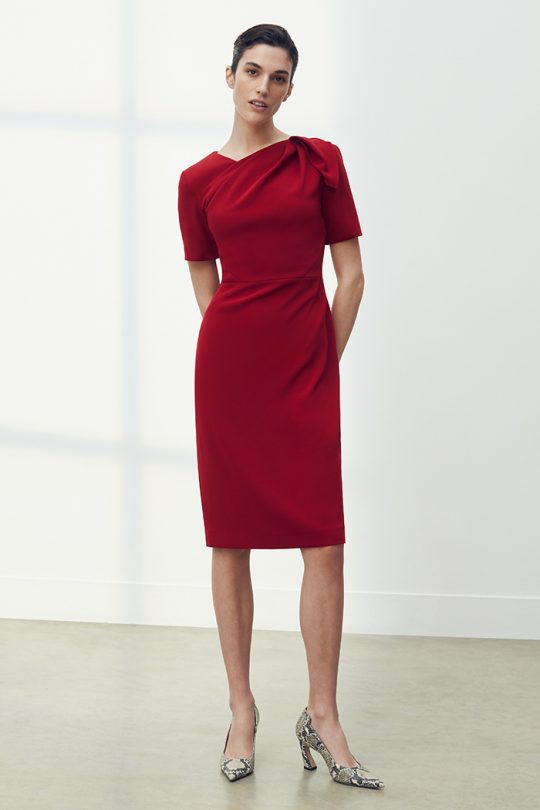 https://thefoldlondon.com/wp-content/uploads/2021/03/TheFold_Melrose_Dress_Cherry_Crepe_DD202_2104_2_v2.jpg