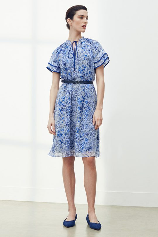 https://thefoldlondon.com/wp-content/uploads/2021/03/TheFold_Orta_Dress_Ivory_And_Blue_Meadow_Print_Crinkled_Silk_DD294_2104_2_v2.jpg