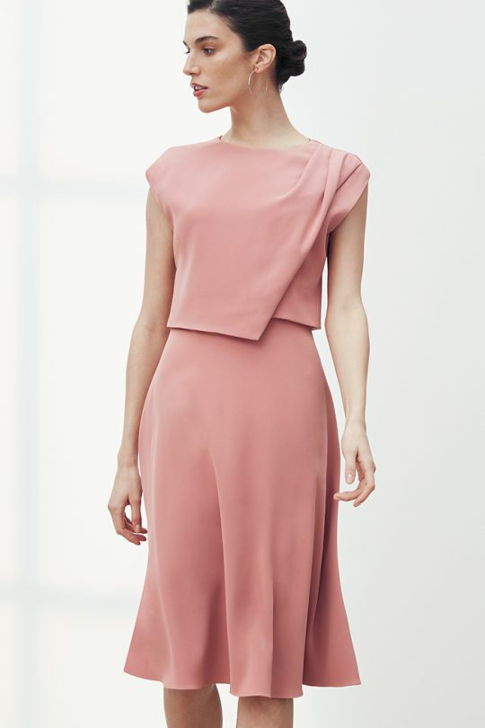 https://thefoldlondon.com/wp-content/uploads/2021/03/TheFold_Roseland_Dress_Rose_Pink_Clever_Crepe_DD253_2104_1_v2.jpg