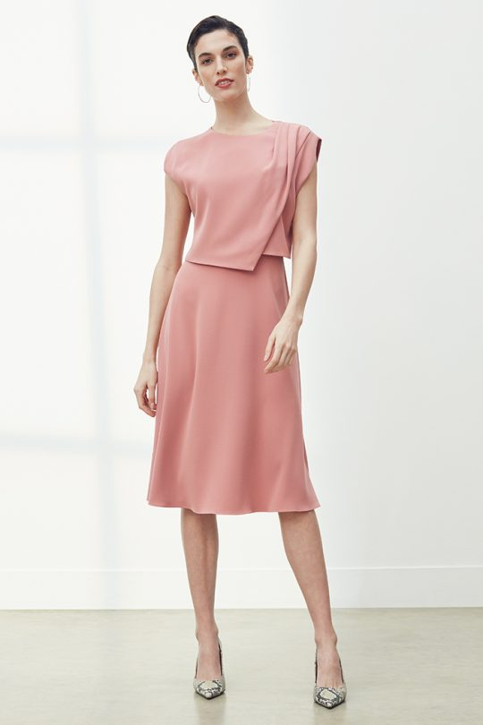 https://thefoldlondon.com/wp-content/uploads/2021/03/TheFold_Roseland_Dress_Rose_Pink_Clever_Crepe_DD253_2104_2_v2.jpg