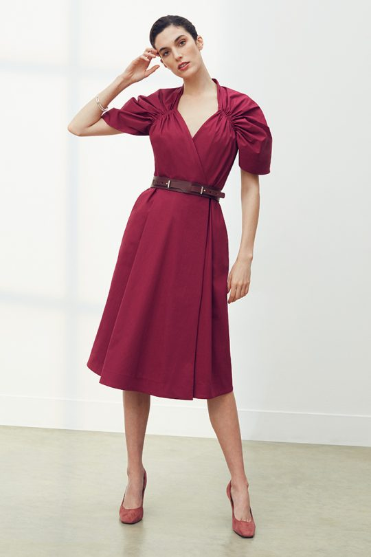 https://thefoldlondon.com/wp-content/uploads/2021/03/TheFold_Sanremo_Dress_Berry_Pink_Premium_Cotton_DD260_2104_2_v2.jpg