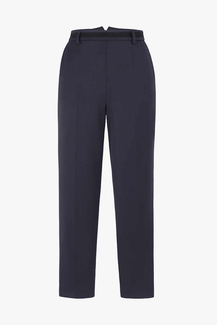 https://thefoldlondon.com/wp-content/uploads/2015/08/TheFold_Ultimatewool_Tapered_Trousers_navy_DT040_1_v4.jpg