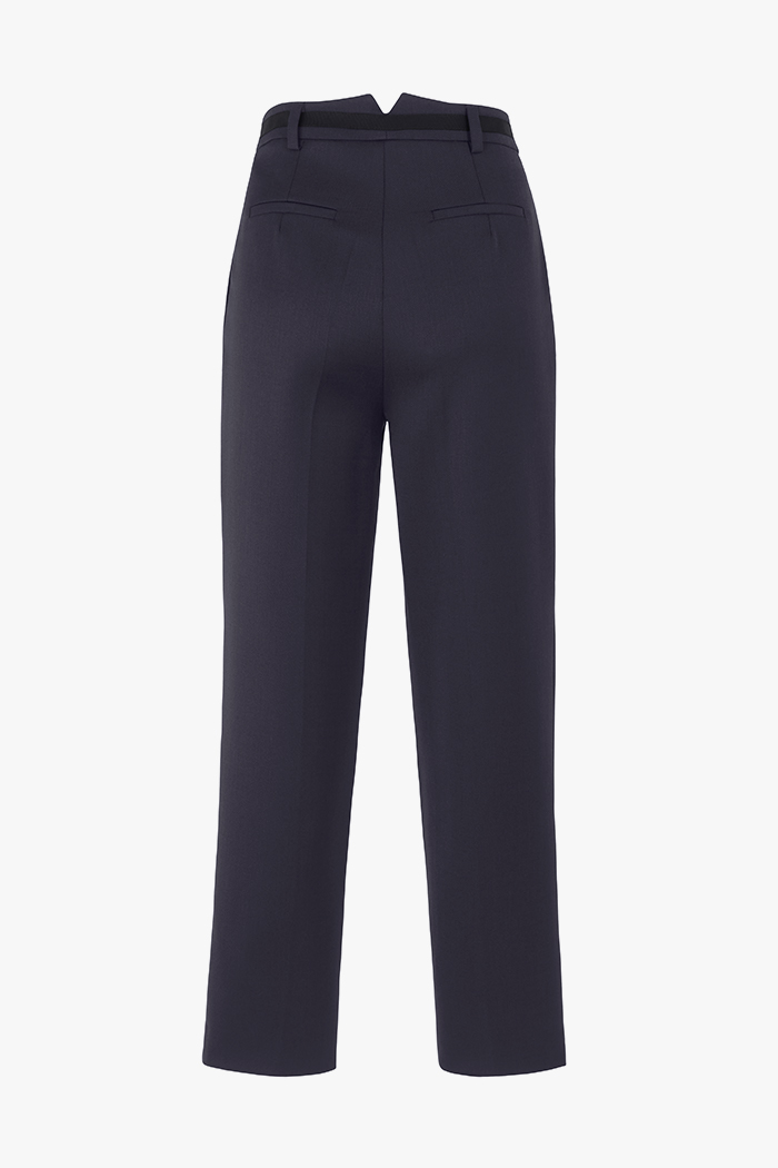 https://thefoldlondon.com/wp-content/uploads/2015/08/TheFold_Ultimatewool_Tapered_Trousers_navy_DT040_2_v4.jpg