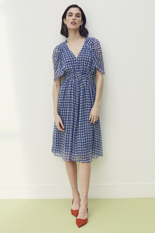 https://thefoldlondon.com/wp-content/uploads/2021/04/TheFold_Athens_Dress_Houndstooth_Print_Silk_Georgette_DD274_2105_2_v2.jpg