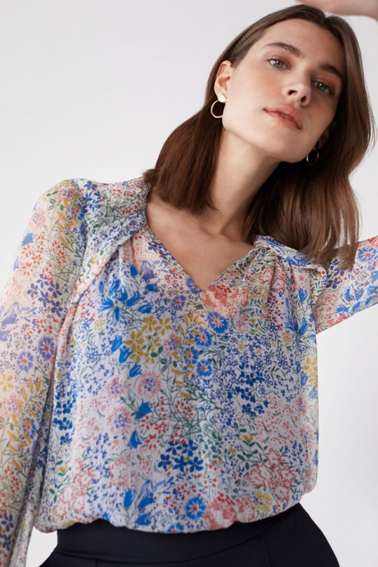 TheFold_Islington_Blouse_Multi_Meadow_Print_Silk_Chiffon_DB171_2104_2_3_v2-1.jpg