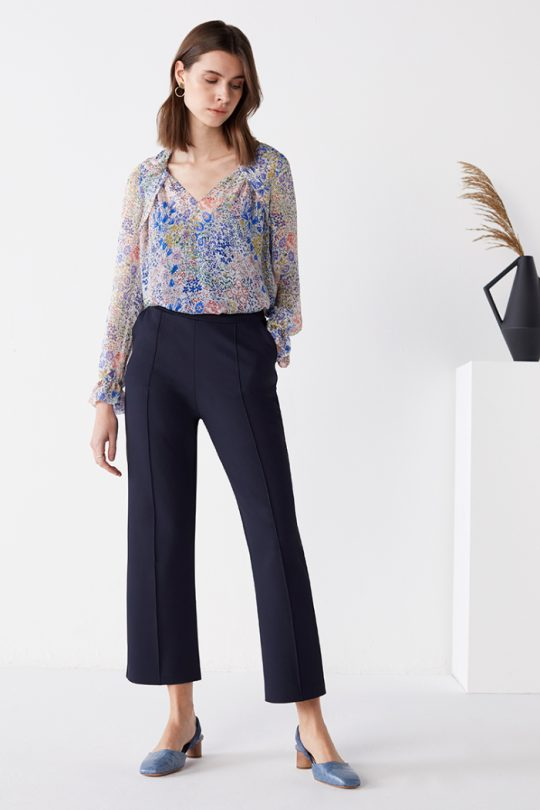 TheFold_Islington_Blouse_Multi_Meadow_Print_Silk_Chiffon_DB171_2104_2_5_v2-1.jpg