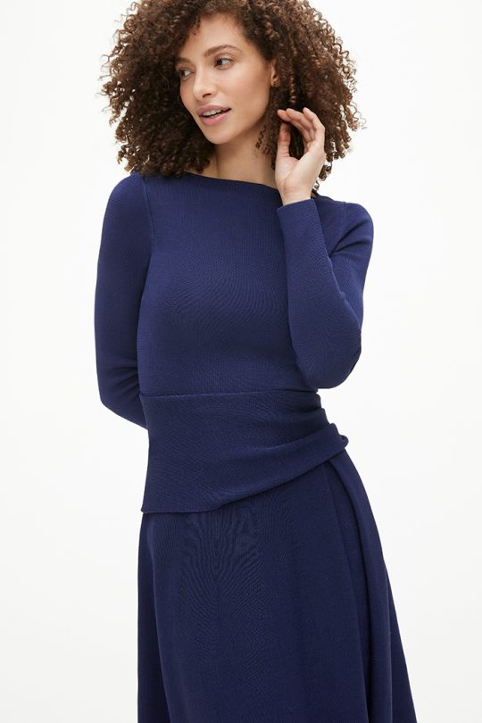 https://thefoldlondon.com/wp-content/uploads/2015/08/TheFold_Knitted_Camelot_Dress_Indigo_Blue_DD272_2101_2_v2.jpg