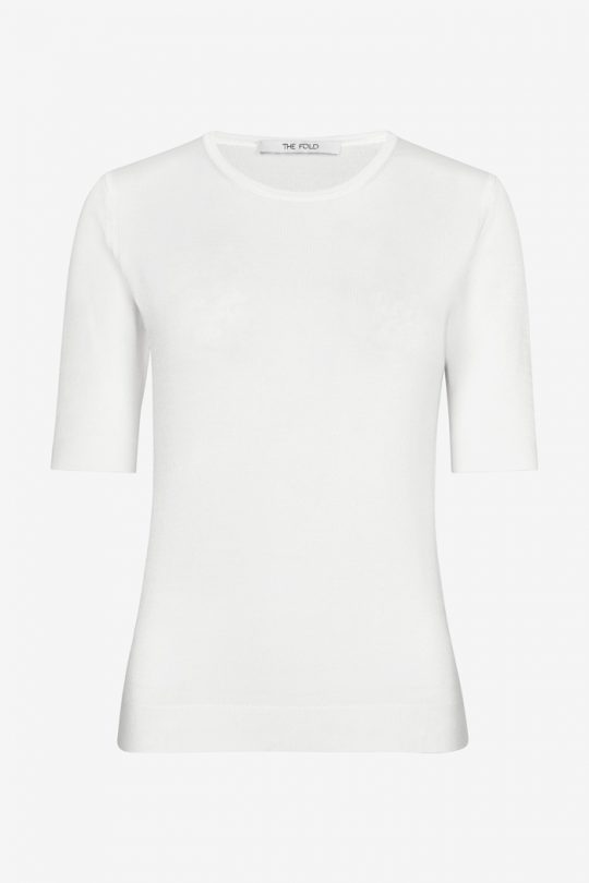 https://thefoldlondon.com/wp-content/uploads/2021/04/TheFold_Lyon_Knit_Top_Ivory_DK046_2104_2_1_v4.jpg