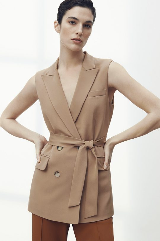 https://thefoldlondon.com/wp-content/uploads/2021/04/TheFold_Rhodes_Sleeveless_Jacket_Caramel_Silk_DJ062_2105_1_v2.jpg