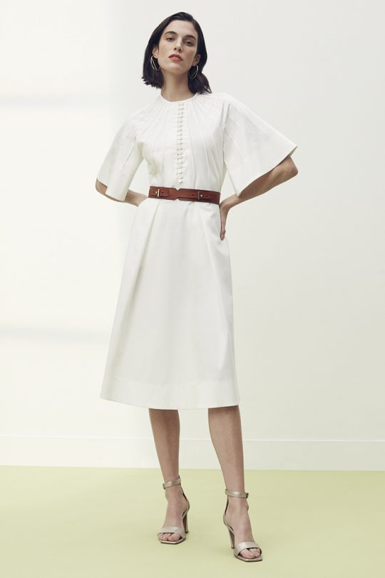 https://thefoldlondon.com/wp-content/uploads/2021/04/TheFold_Symi_Dress_White_Cotton_DD281_2105_2_v2.jpg