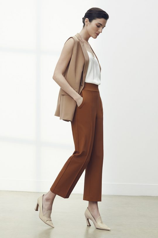 TheFold_Workout-Performance_4Way_Stretch_Twil_Slim_Leg_Trousers_Toffee_DT094_2105_1_v2