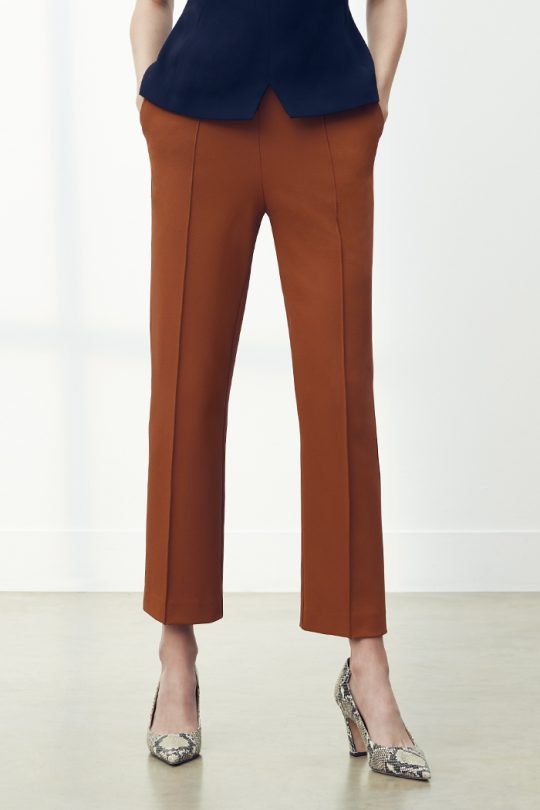 TheFold_Workout-Performance_4Way_Stretch_Twil_Slim_Leg_Trousers_Toffee_DT094_2105_4_v2