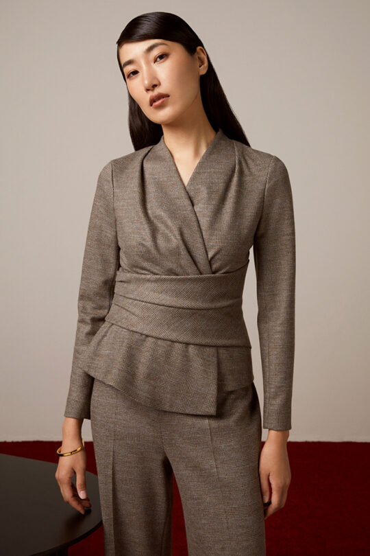 TheFold_Colville_Trousers_Grey_Stretch_Wool_Cashmere_DT115_2110_3_v2-1.jpg