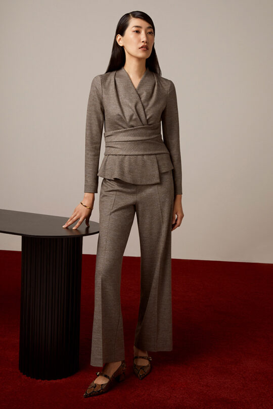 TheFold_Colville_Trousers_Grey_Stretch_Wool_Cashmere_DT115_2110_4_v2-1.jpg