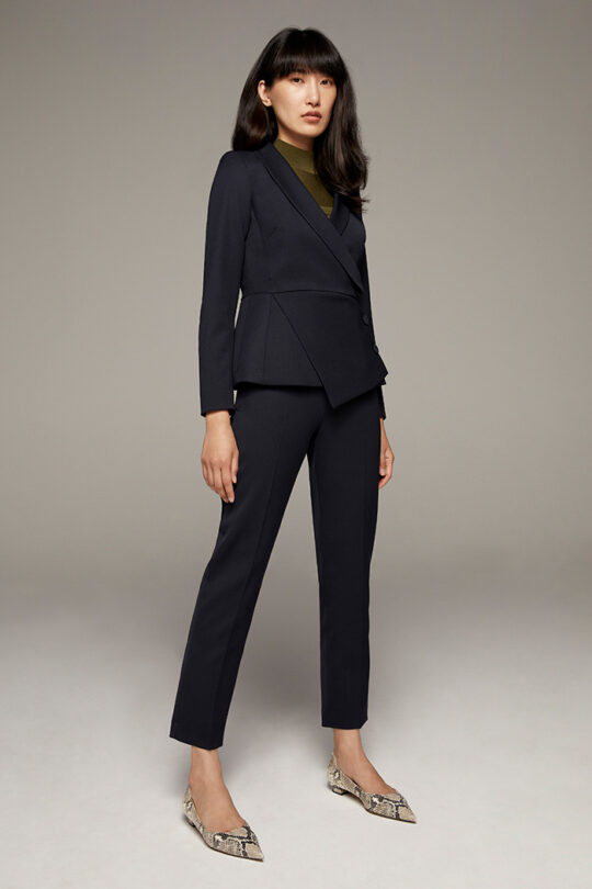 TheFold_Ultimate_Wool_Tapered_Trousers_Navy_DT040_2110_3_v2-1.jpg